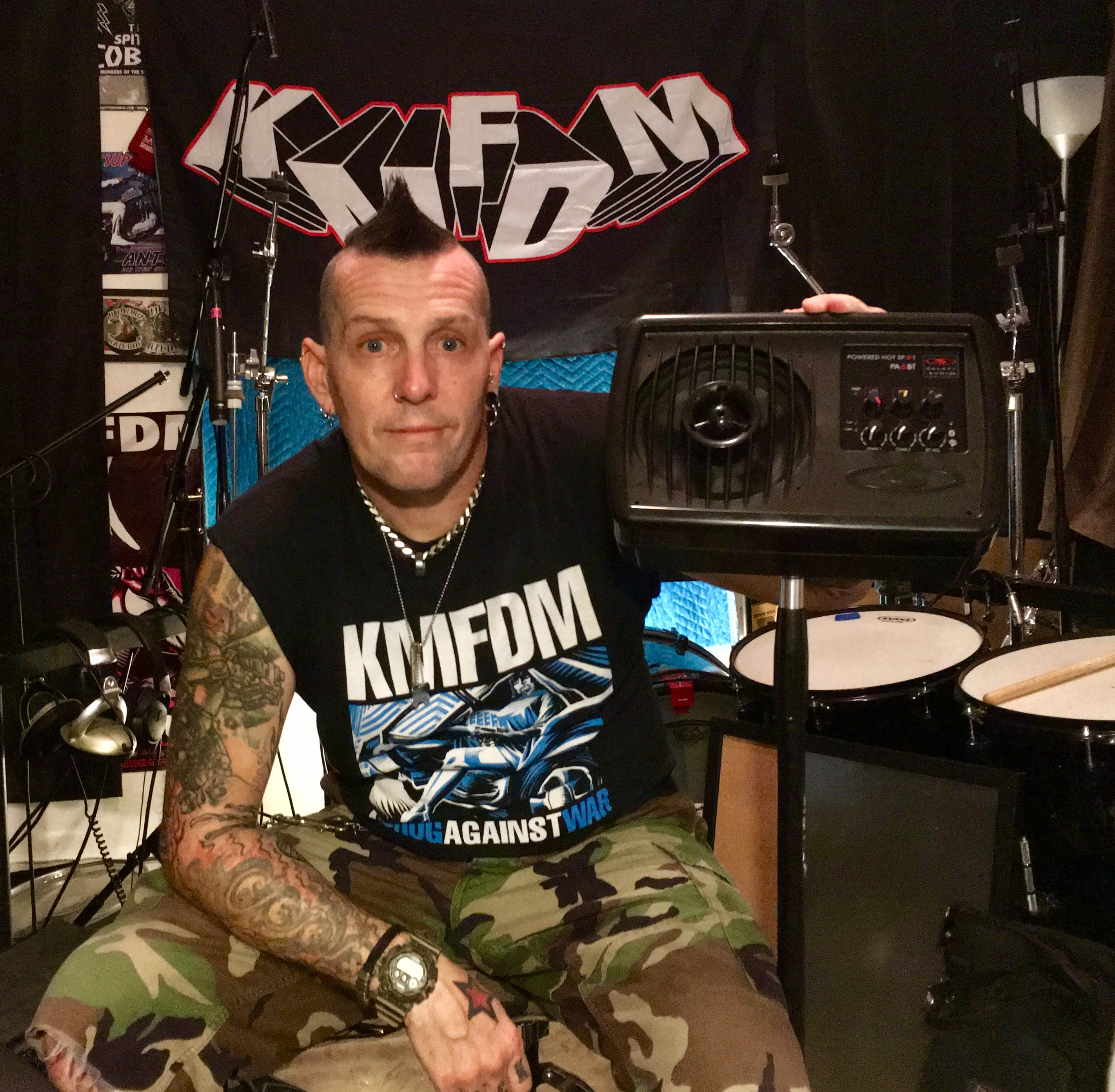 Andy Selway of KMFDM is loving his Galaxy gear!